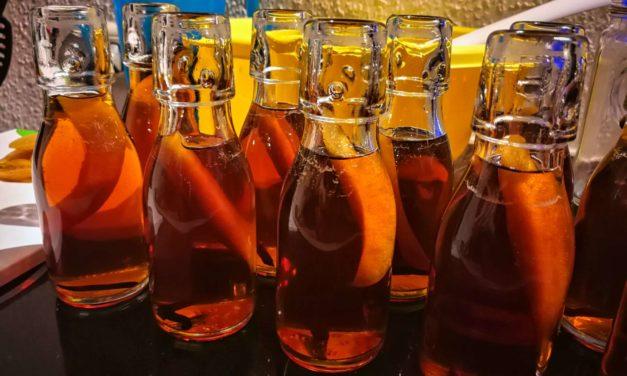 Cognac von Aldi – wird zu Cognac-Apfel-Likör