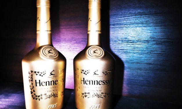 Hennessy VS Golden Festive Edition