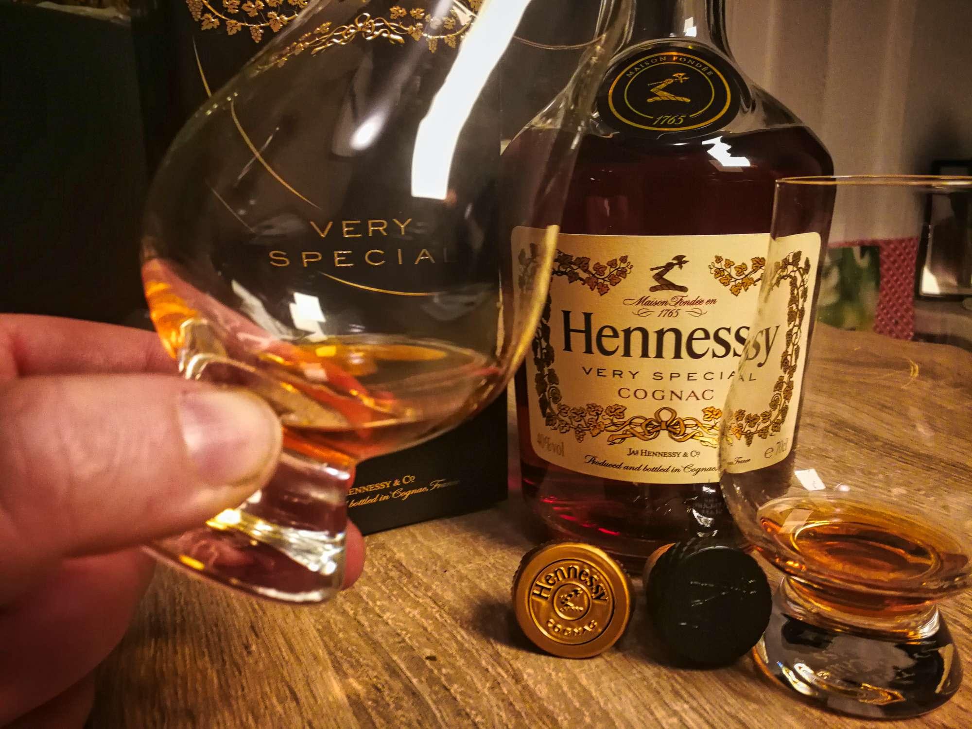 Hennessy VS Cognac Review Tasting